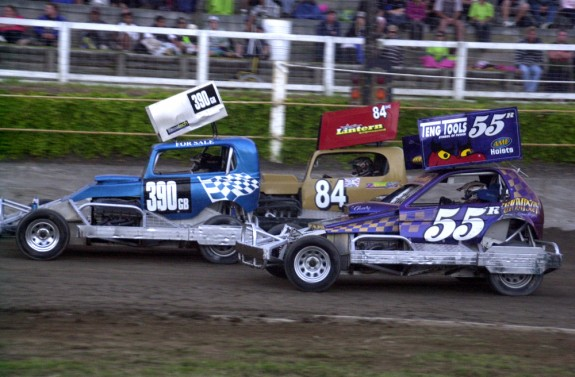 L-R, Stuart Smith Jnr (390GB), Tom Harris (84GB), Frankie Wainman Jnr (55R)
