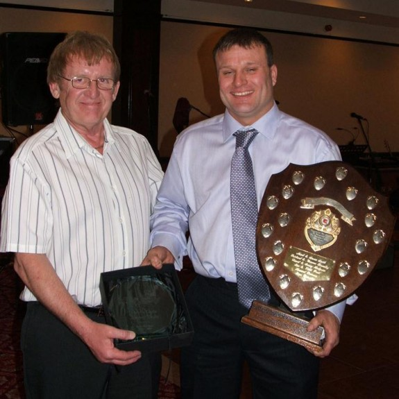 Frankie Waiman jnr (515) receiving the Driver of the Year shield and Malcolm Sugden trophy