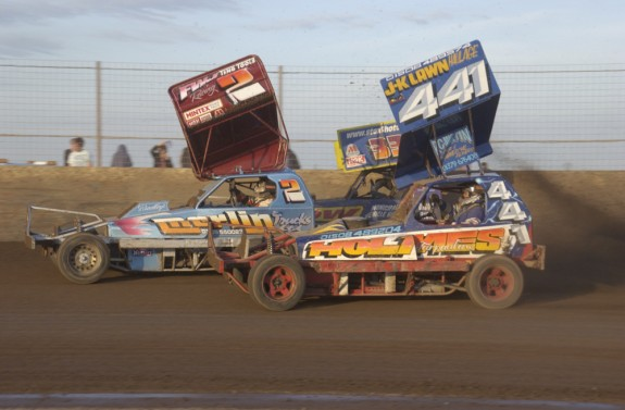 The last bend battle of Heat 2 at Kings Lynn