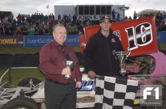 Mat Newson being presented with the Millers Oil Challenge Trophy 2009. Photo courtesy of Colin Casserley