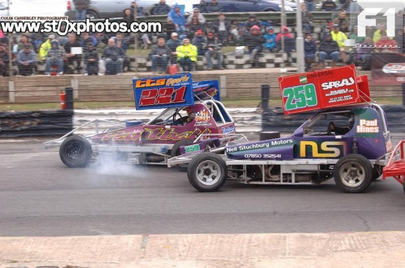Shaun Blakemore feels the weight of Paul Hines' front bumper.