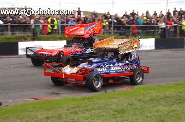 Buxton_BriSCA_F1_2013_SemiFinal_Opening_Lap