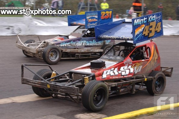 Fifth place in the final was Ivan Pritchard's best result of the day. Seen here with travelling Dutchman Daniel van Spijker.
