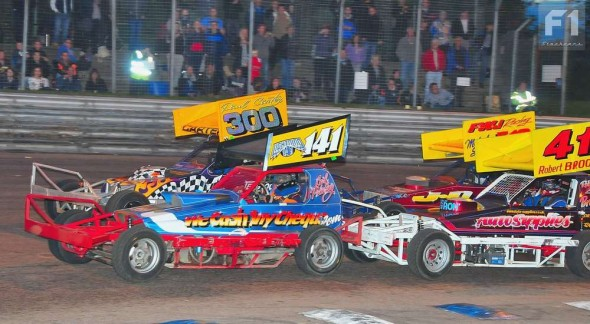 Carl Pickering leads the yellow tops in the Consolation.