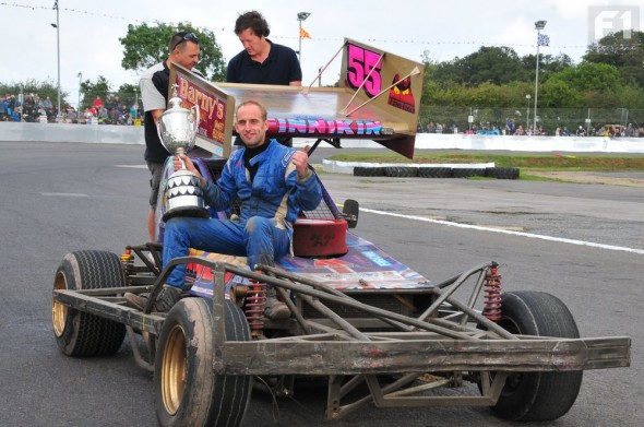 Craig Finnikin roof painted gold shows off the World Final trophy.