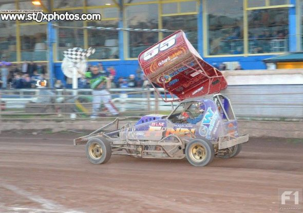 Belle Vue, 17th April 2017 - Meeting Report and Photos